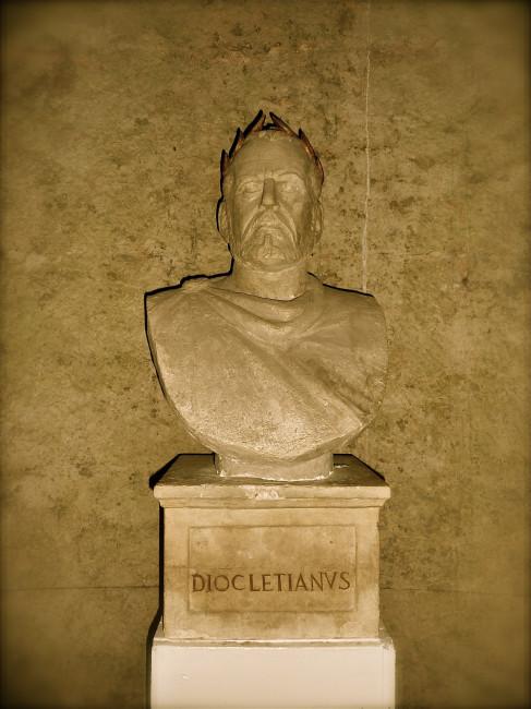 SPLIT 2 DIOCLETIAN