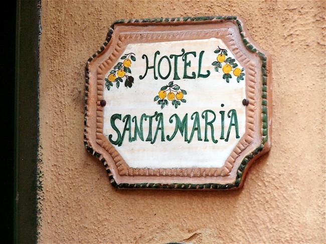 Hotel Santa Maria Sign