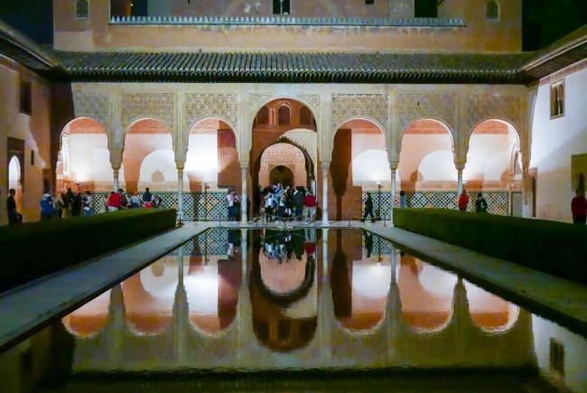 alhambra night 2