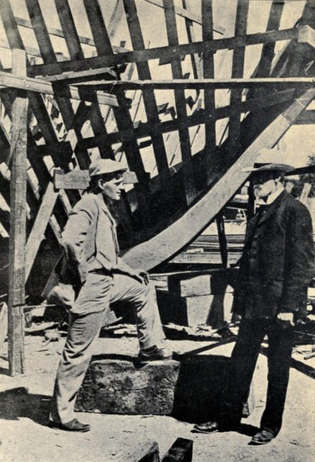 Jack_London_the_building_of_The_Snark_1906