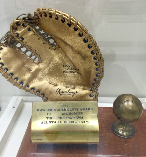 13 Gil Hodges Golden Glove