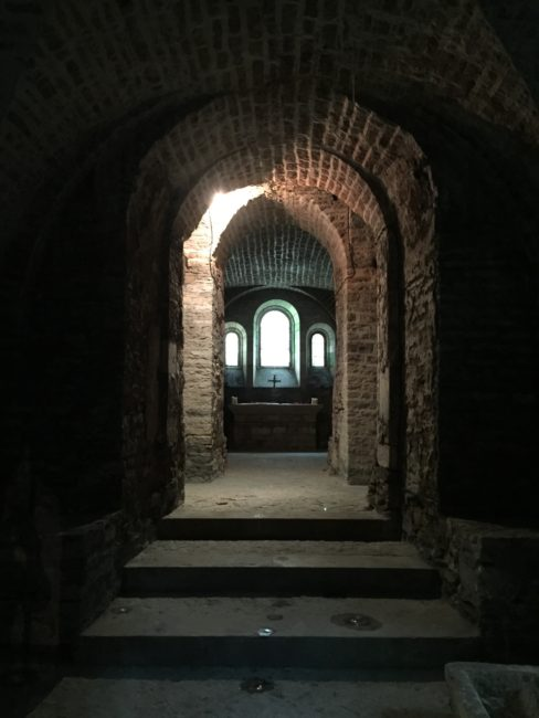 02-crypt-1