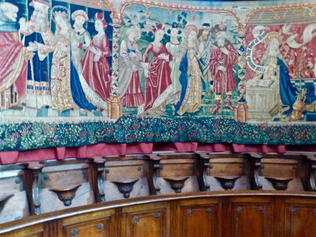 basilique-notre-dame-de-beaune-tapestries-1